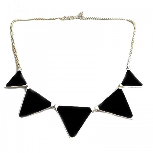 Halsband - Black Triangle Stones